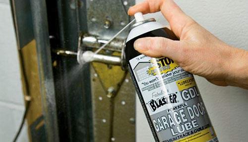 Blog Lubricating a Garage Doorr